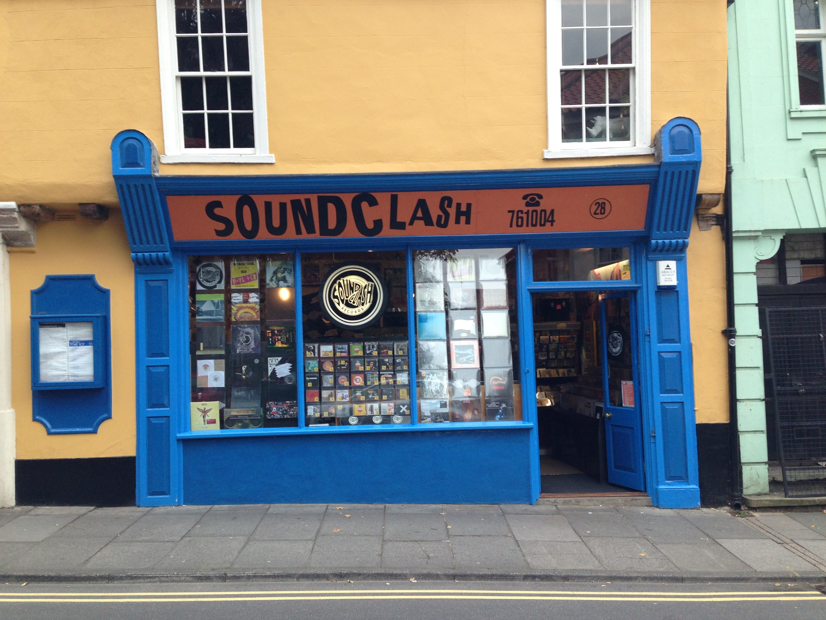 SOUNDCLASH - RECORD SHOP